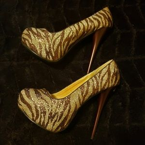 Brown and Gold Zebra printed Heels size 7